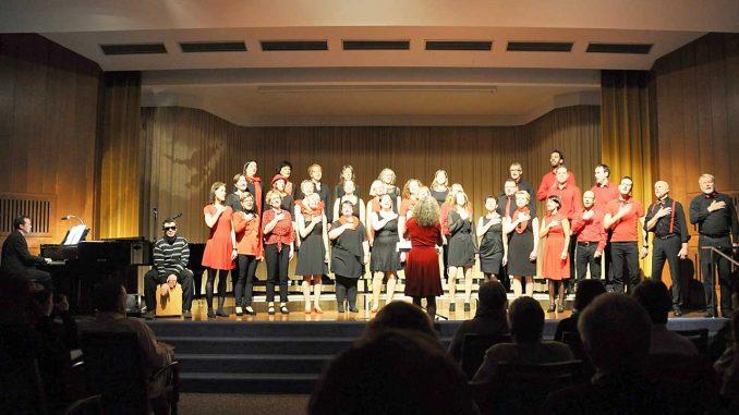 Thalia Chor Schweinfurt singt mit Choreographie